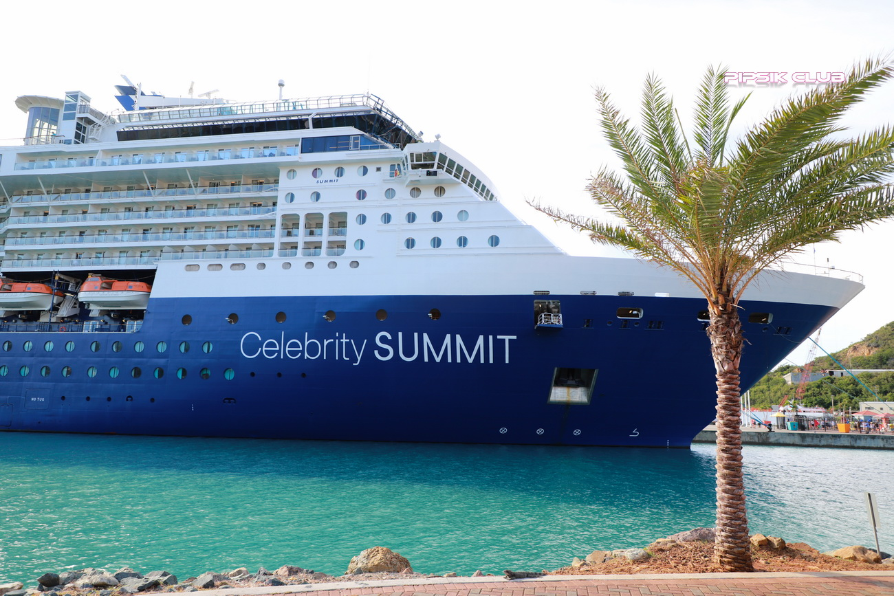 Cruise ship Celebrity Summit
